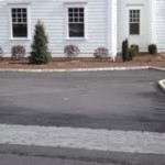 Driveway in Fairfield CT with belgium block apron
