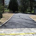 New Apshalt Driveway in Fairfield CT with Belgium BLock Apron